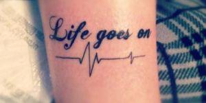 Frase: Life goes on