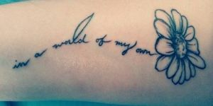 Frase: In a world of my own