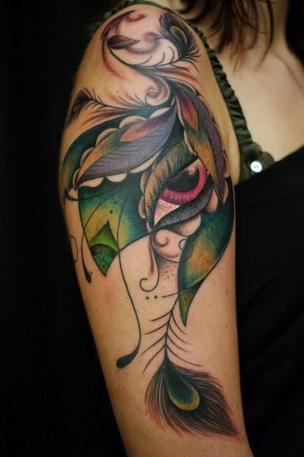 Plumas Ojo Tatuajes Para Mujeres