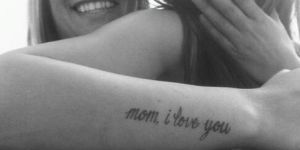 Frases: Mom, I love You / I love you more
