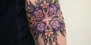 Flores Violetas y Blancas