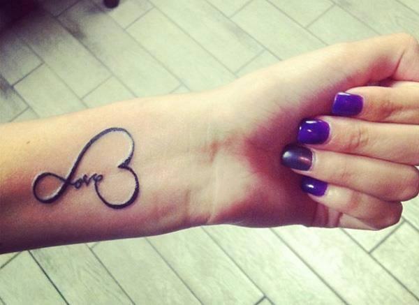 Infinito Frase Y Corazón Tatuajes Para Mujeres