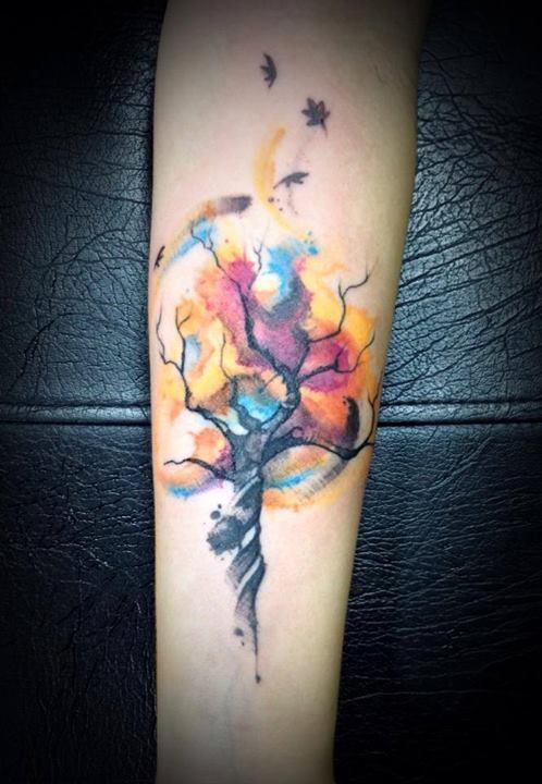 rbol De Colores Tatuajes Para Mujeres