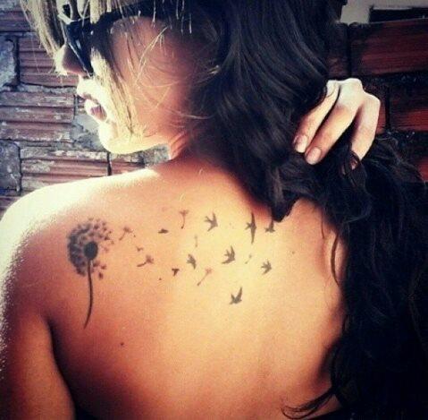 Diente De Leon Tatuajes Para Mujeres