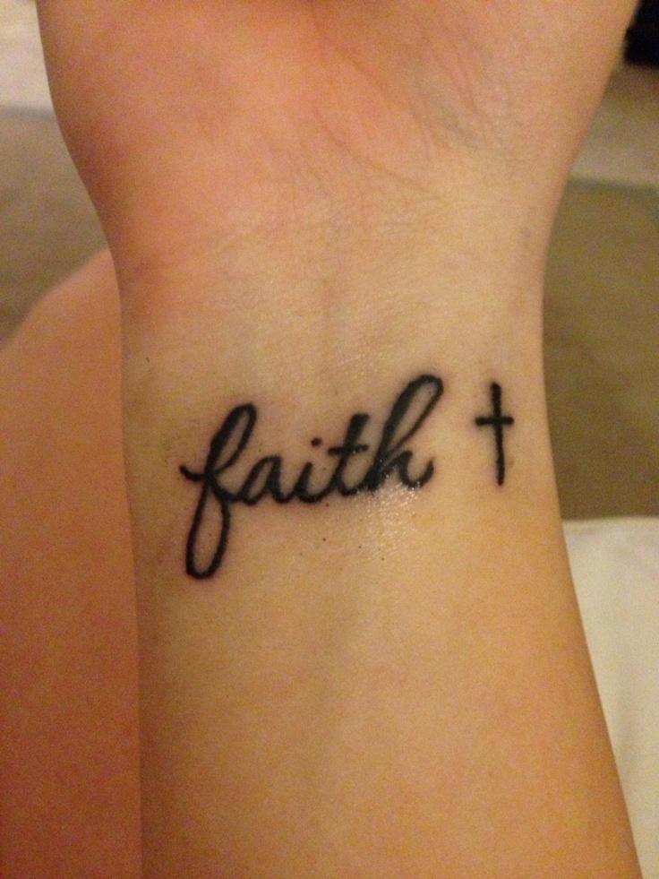 frase faith cruz tatuajes para mujeres. Black Bedroom Furniture Sets. Home Design Ideas
