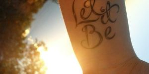 Frase: Let It be