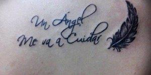 Frase: Un ángel me va a cuidar y Pluma