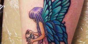 Hada de alas azul y verde