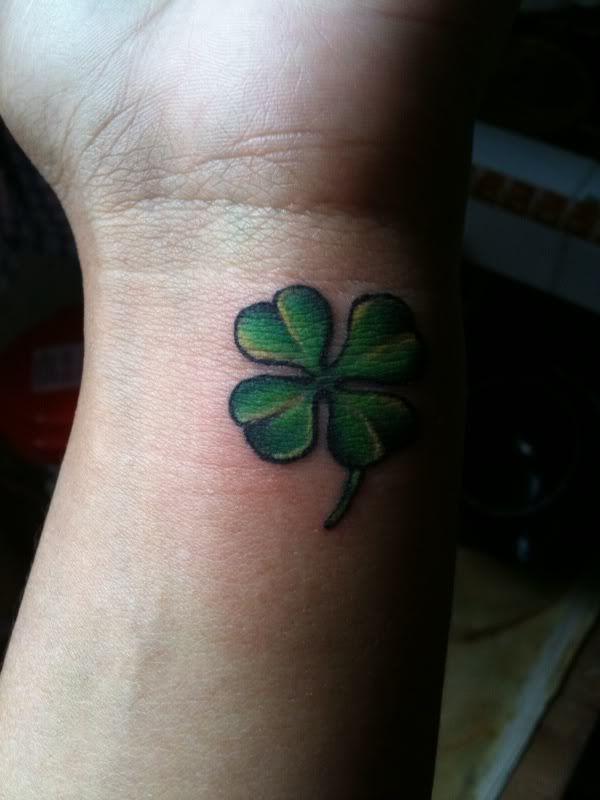 Trebol Tatuaje trébol - tatuajes para mujeres