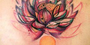 Flor de Loto con esferas de colores