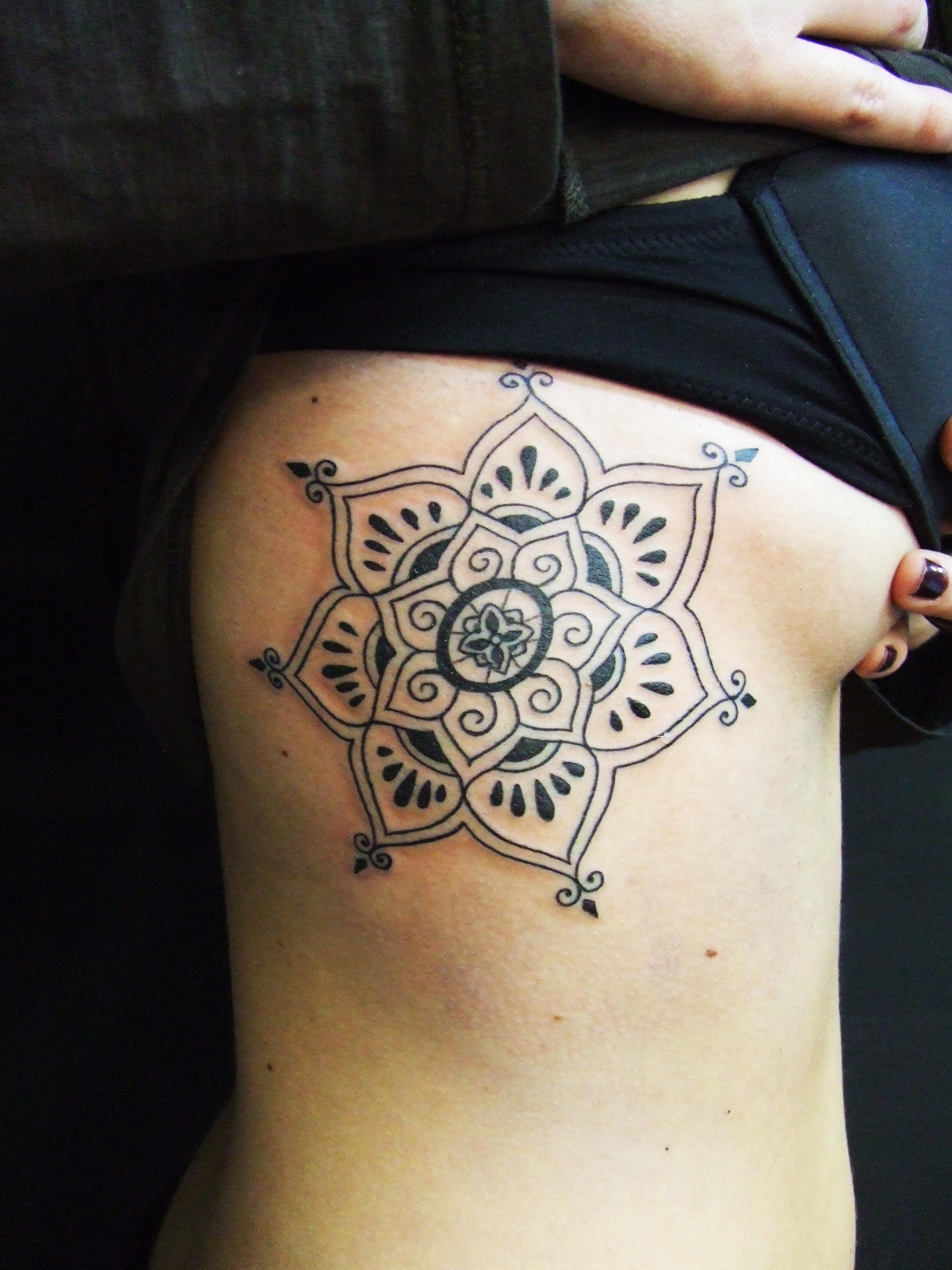 Mandala  Tatuajes Para Mujeres
