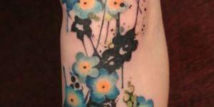 Flores con tintas salpicada