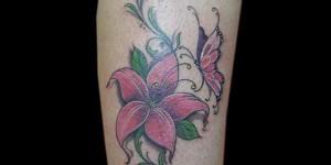 Flor Enredadera y Mariposa