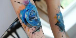 Flor Rosa Azul en Acuarelas by Aleksandra Katsan