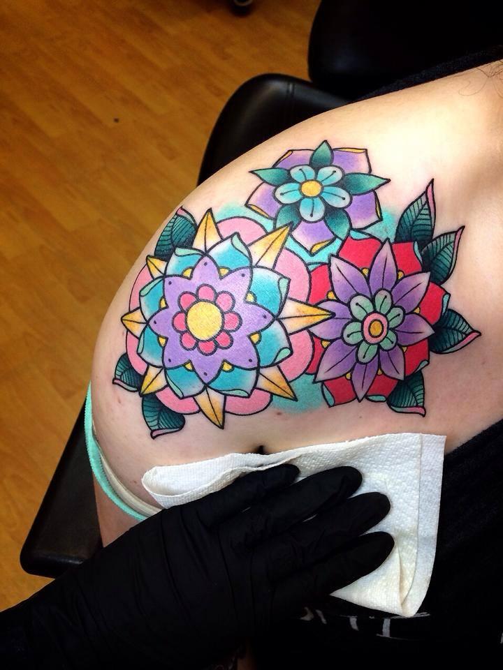 Flores Estilo Mandalas By Alex Strangler  Tatuajes Para Mujeres