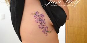 Flores Violetas en Acuarelas by Javi Wolf