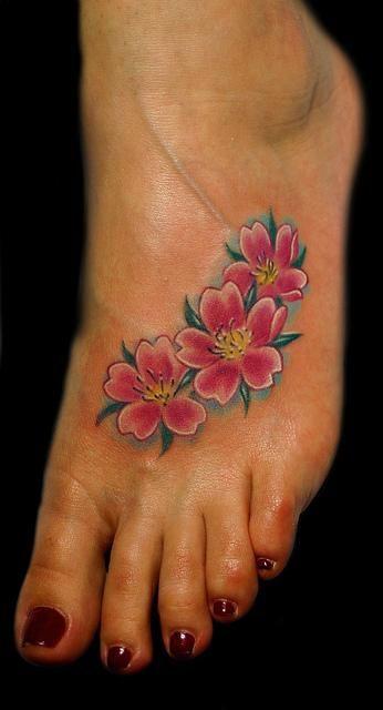 Tatuajes De Flor De Almendro Hombre Ideas De Tatuajes