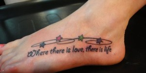 Frase: Where there is love, there is life  & Estrellas