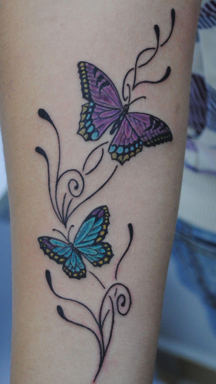 tatuaje mariposas alas de mariposas tattoo car interior design. Black Bedroom Furniture Sets. Home Design Ideas
