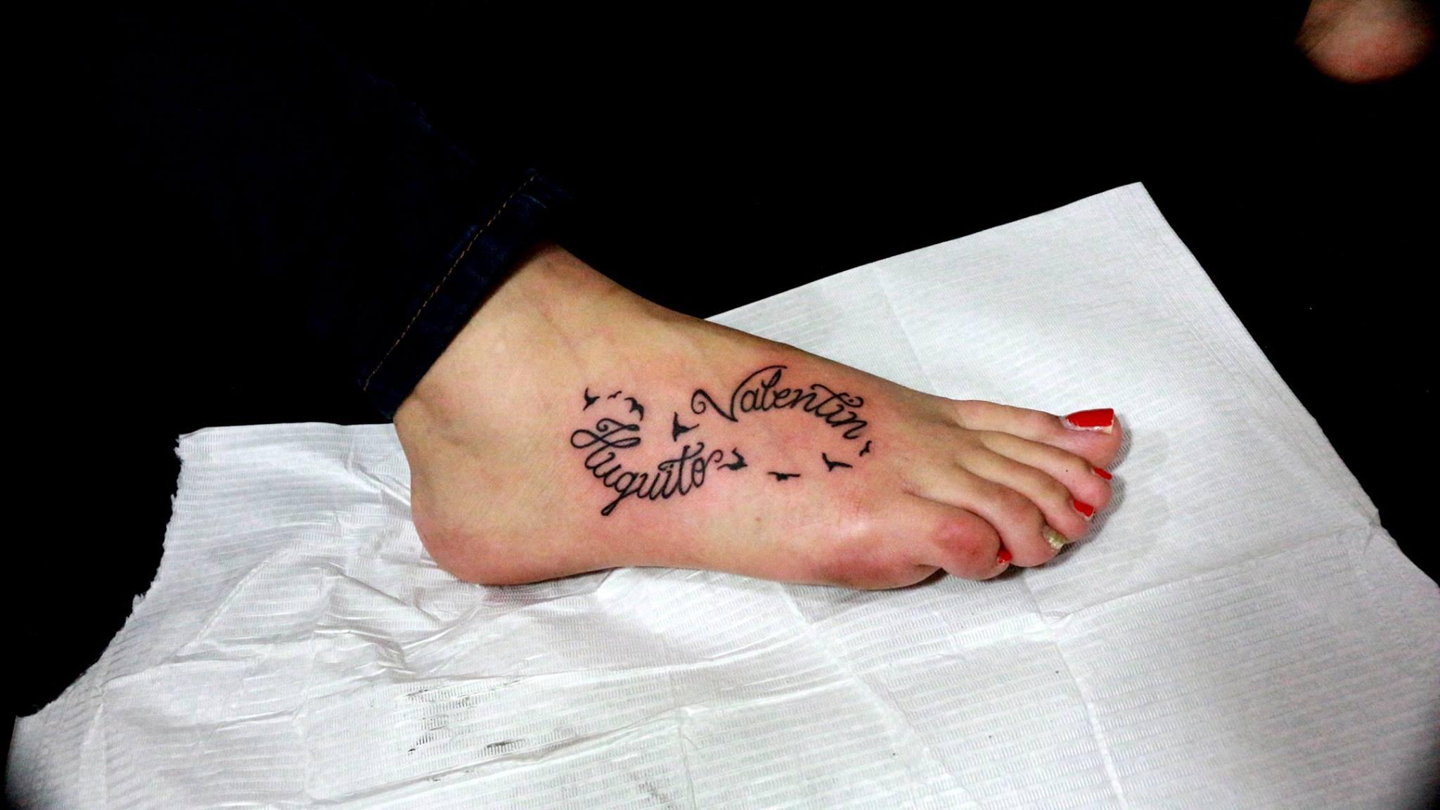 Signo Infinito Con Aves Y Nombre De Hijos By Rulaxx Choon Tatuajes