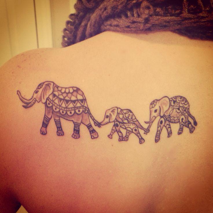 Familia De Elefantes Tatuajes Para Mujeres