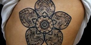 Flor Mandala en Costillas