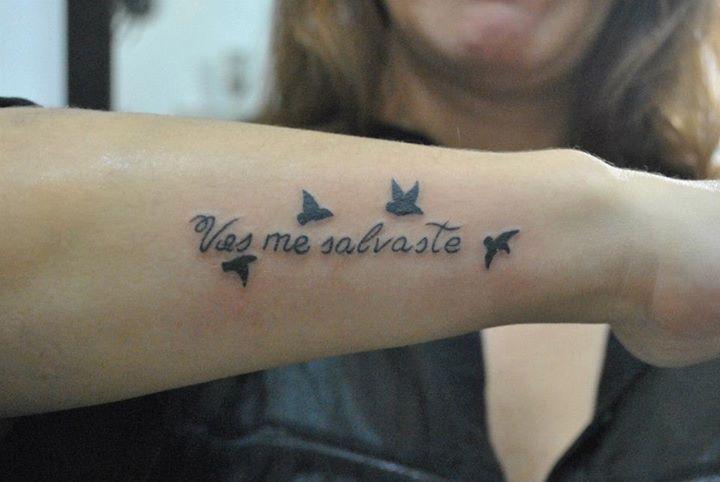 Frase Vos Me Salvaste Y Aves Volando Tatuajes Para Mujeres