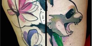 Oso Panda y Flores en Acuarelas by Russell Van Schaick