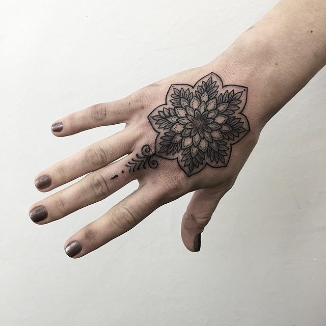 Mandala Flor By Sashatattooing Tatuajes Para Mujeres