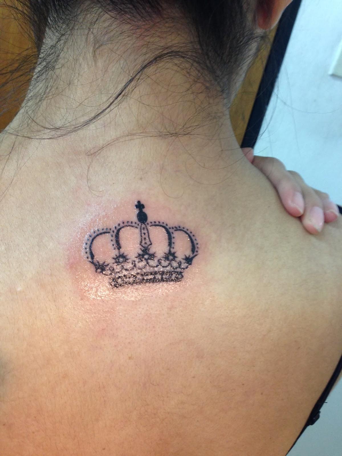 Reina Tatuajes Para Mujeres