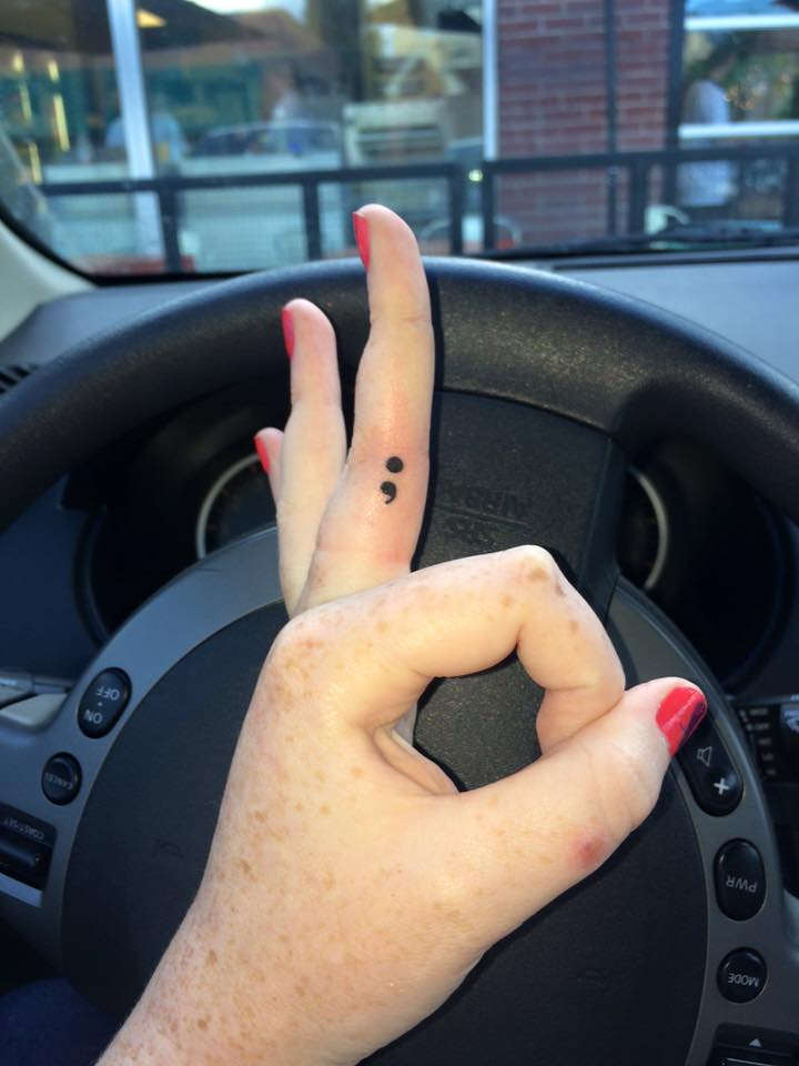 Punto Y Coma Tatuajes Para Mujeres