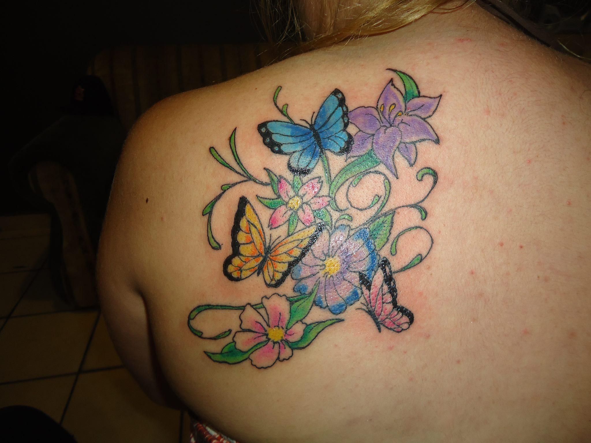Flores Y Mariposas By Fernando Casillas Tatuajes Para Mujeres