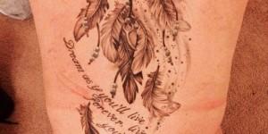 Frase, AtrapaSueños y Flores