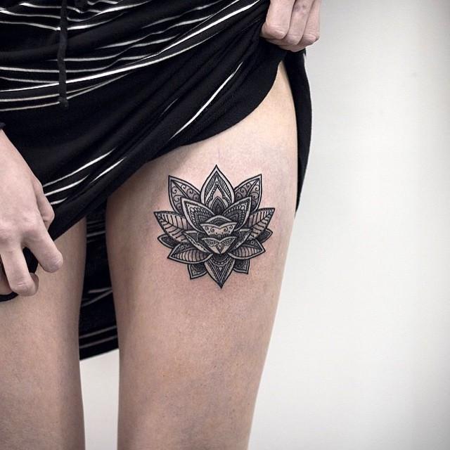Flor De Loto Estilo Mandala Tatuajes Para Mujeres