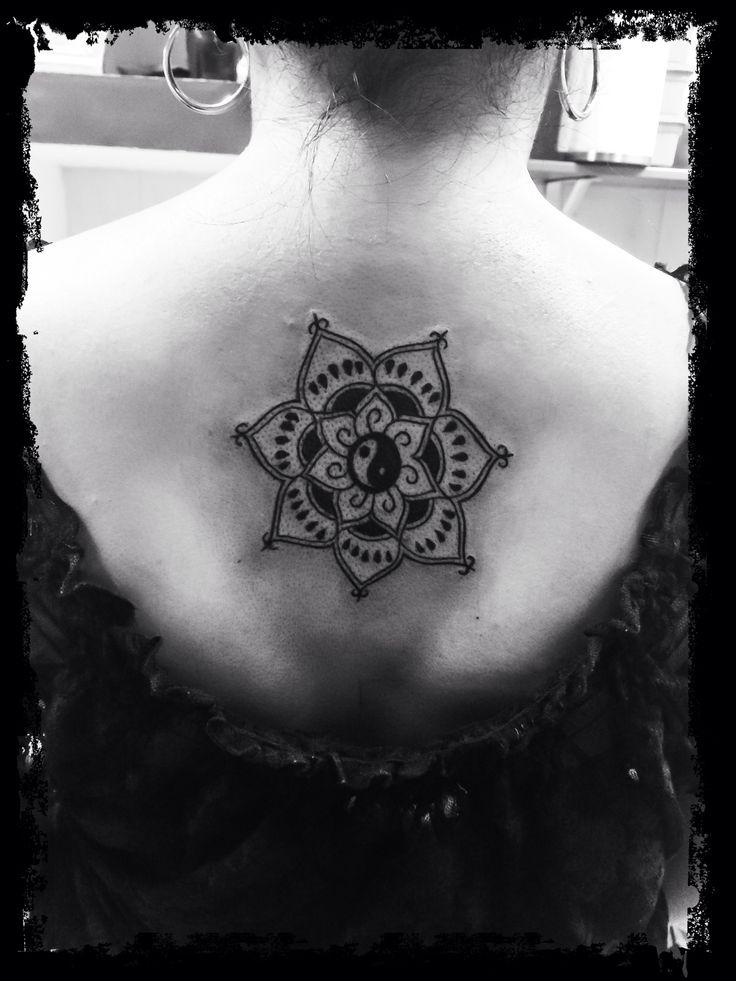 Mandala Yin Yang Tatuajes Para Mujeres