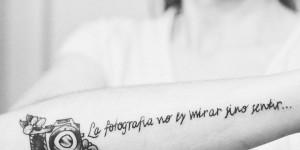 Frase: La fotografía no es mirar sino sentir