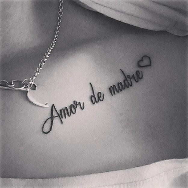 Frase Amor De Madre Y Corazon Tatuajes Para Mujeres