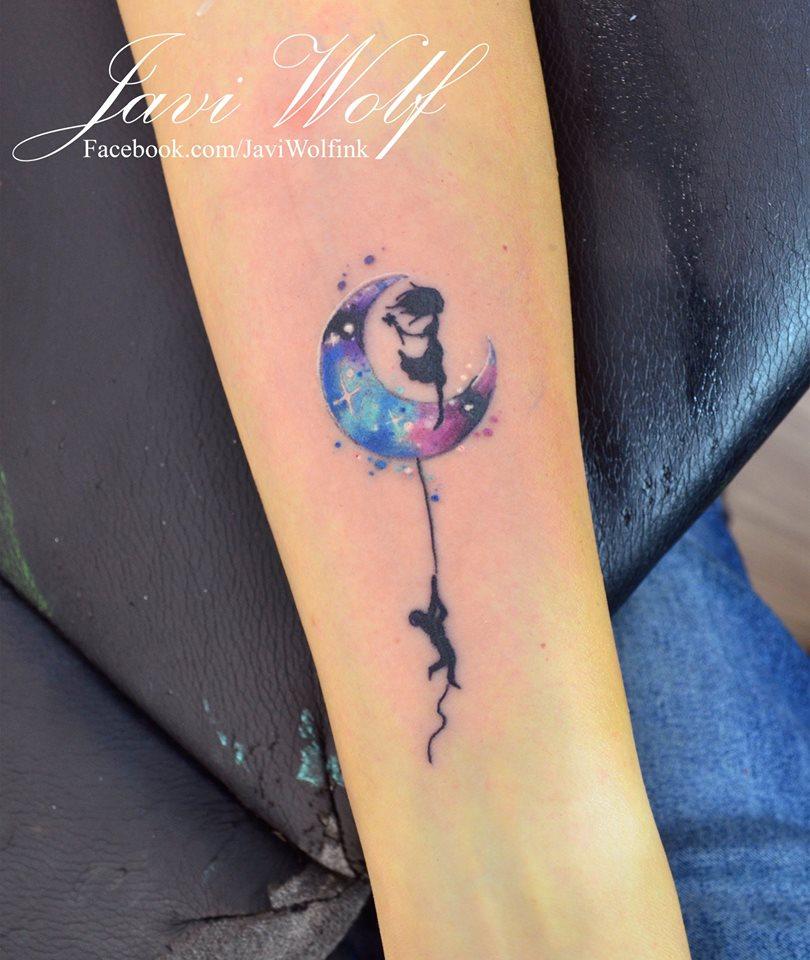Luna Con Siluetas Estilo Acuarelas Por Javi Wolf Tatuajes Para Mujeres