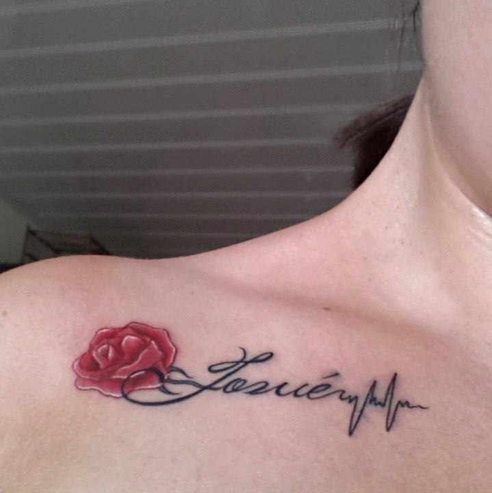 Nombre En Flor Rosa Tatuajes Para Mujeres