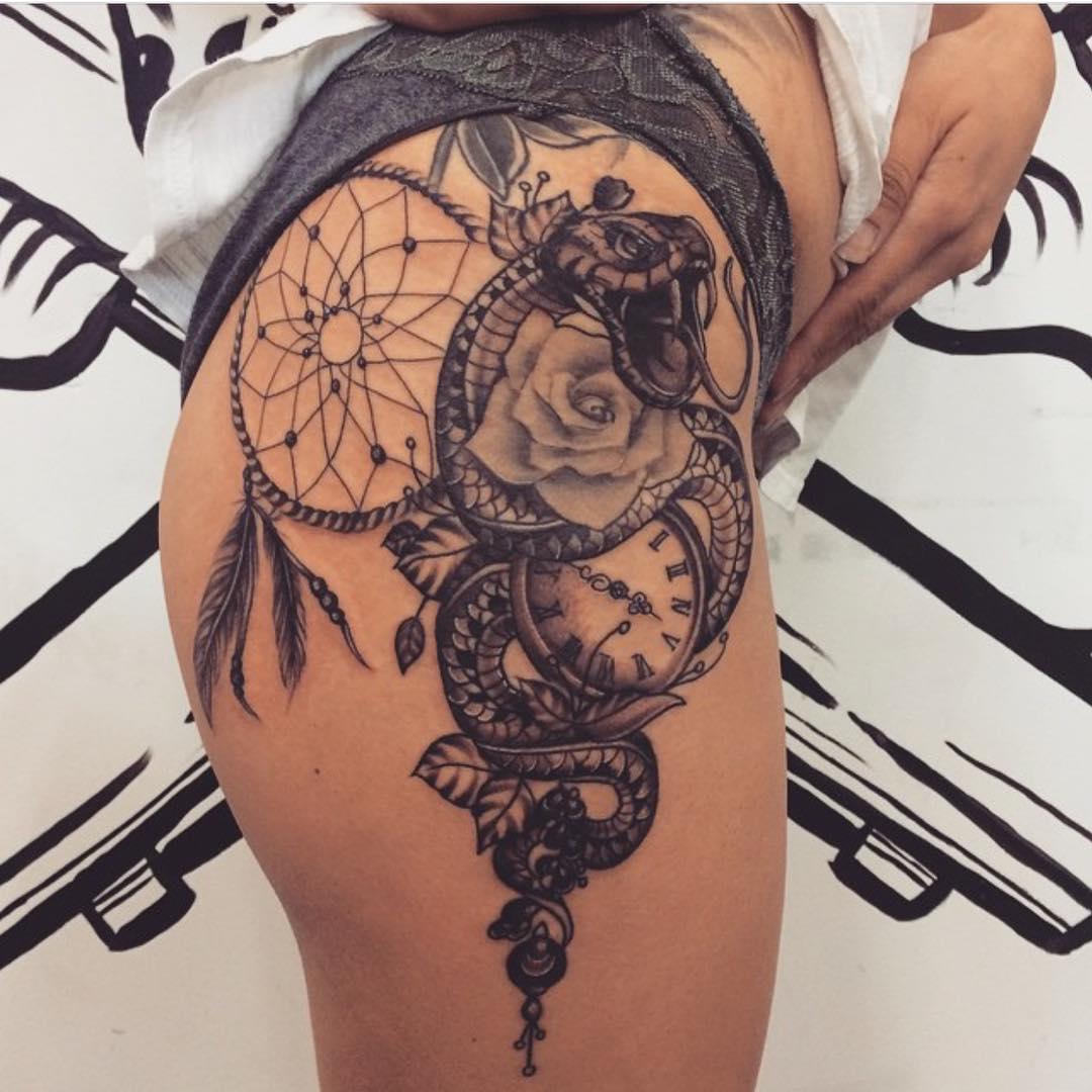 Tatuaje reloj mujer