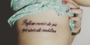 Frase: Prefiero morir de pie que vivir de rodillas