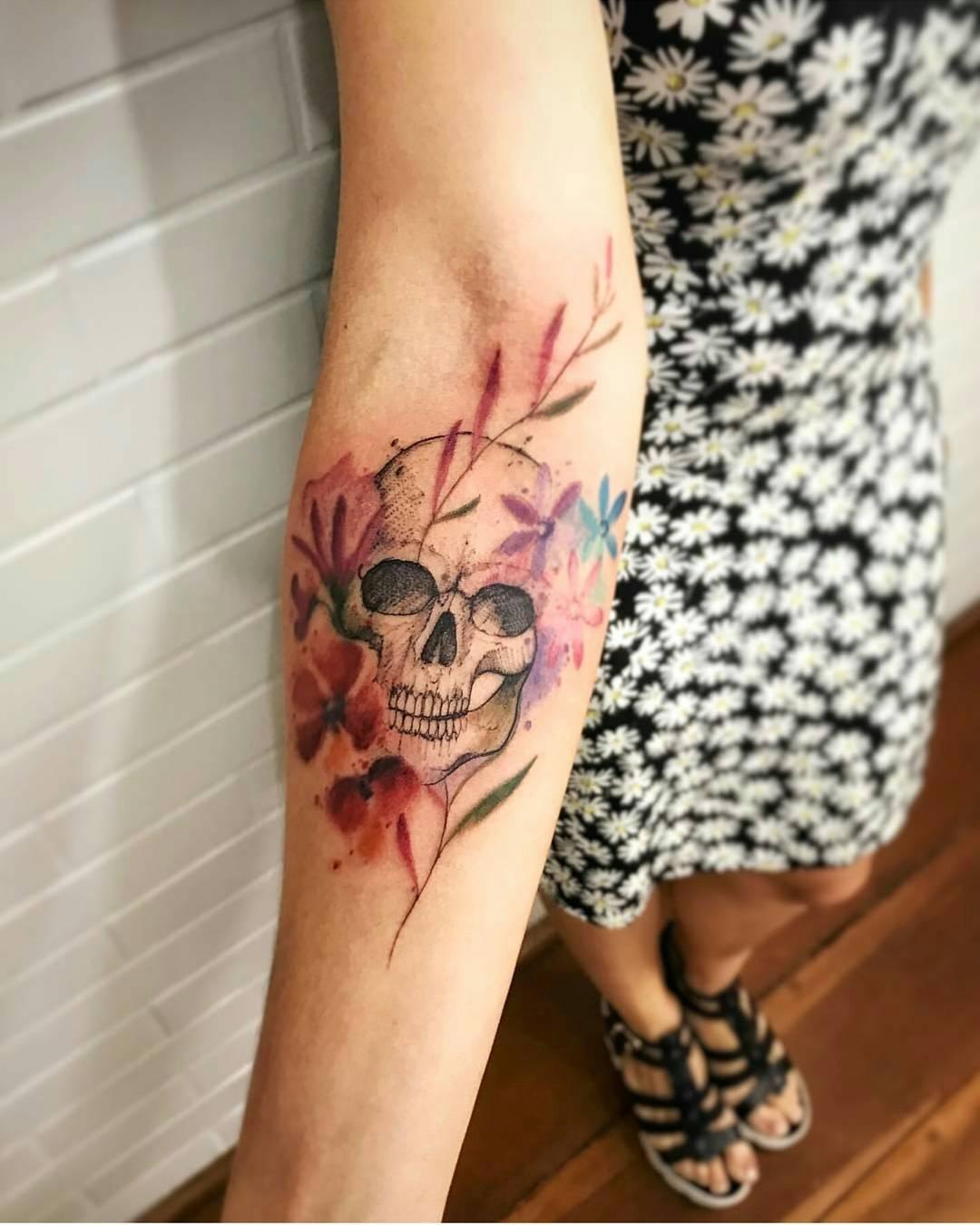 Calavera Y Flores Tatuajes Para Mujeres