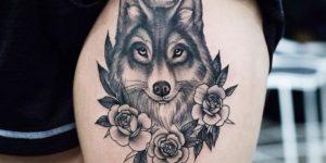 Lobo entre Flores por Kristi Walls
