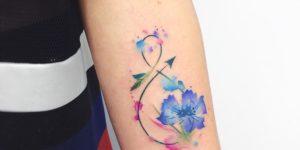Signo Infinito y Flores