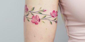 Brazalete de Enredadera de Flores