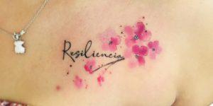 Frase: Resiliencia y Flores de Cerezo por Javi Wolf