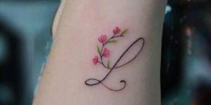 Inicial y Flores