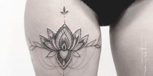 Flor de loto por Mònica Sampietro