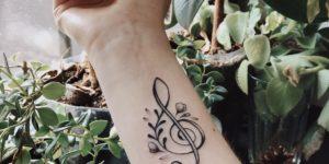 Clave de Sol por Darylis Tattoo