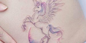 Unicornio sobre la luna por Banul 타투이스트 바늘